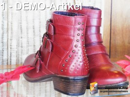 Rote Stiefel 2